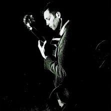 cropped-dark-guitar-photo.jpg